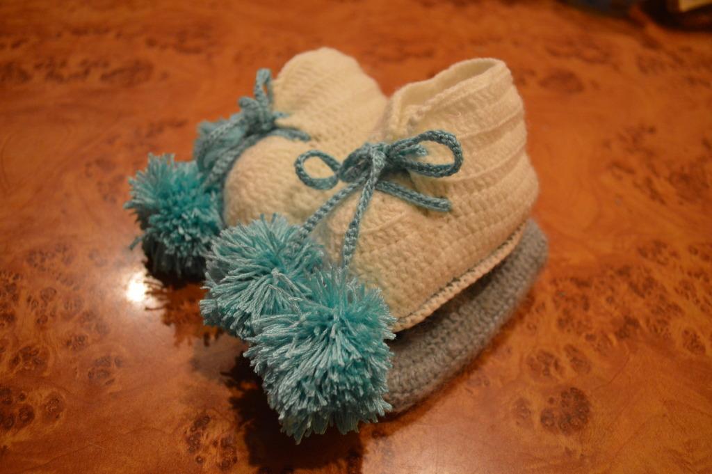 Вязание для малышей - Пинетки - коньки для мальчика